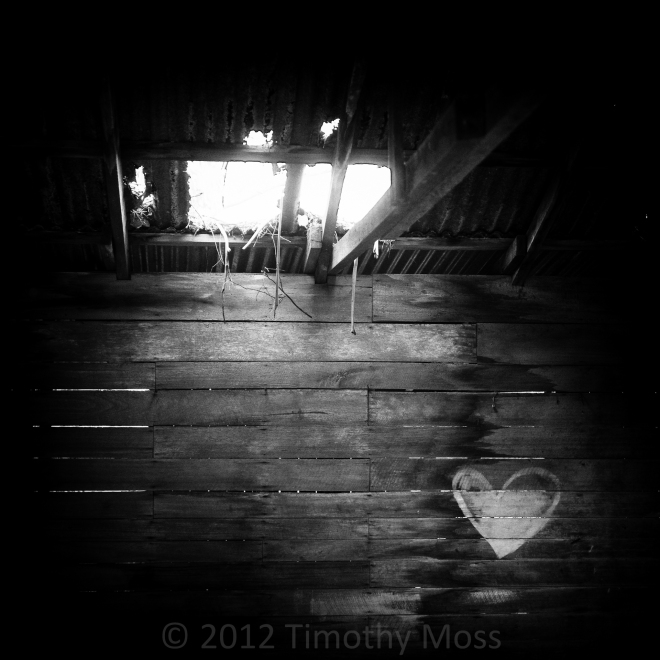 Barn-B&W-Love